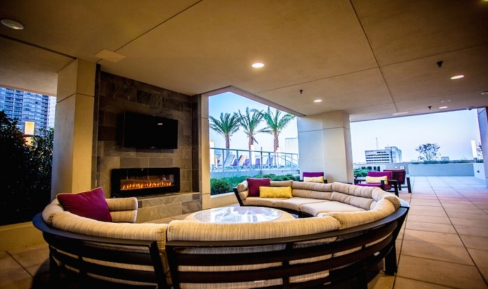 M5250 High Rise Pool Lounge Area Medium