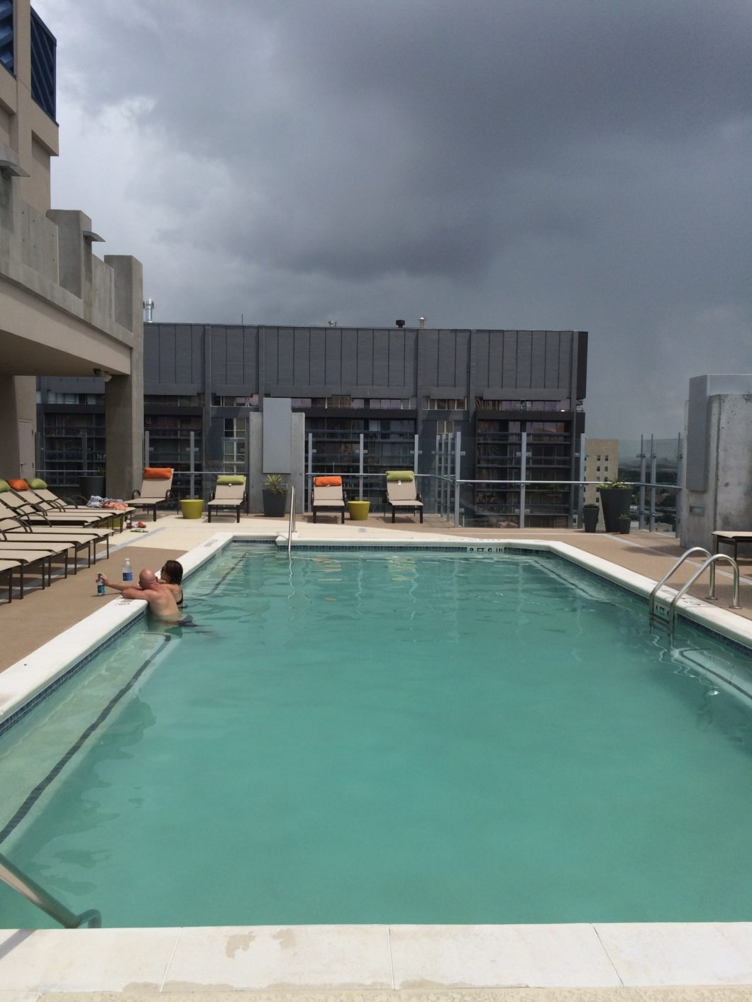 Skyhouse roof top pool by mk for Southampton university swimming pool