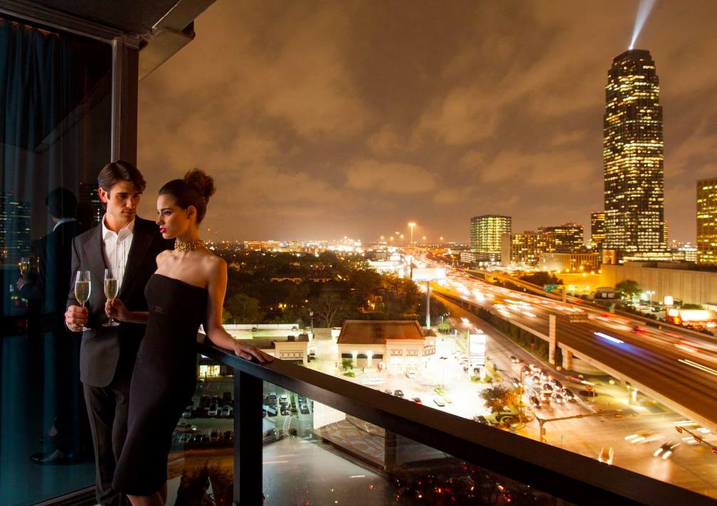 Hotel derek short term stay at penthouse and suites for Hotel luxury houston